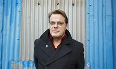 Eddie Izzard, stand-up comedian's longstanding commitment to languages