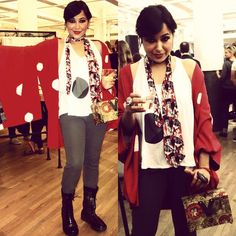 #vintagekimono / #kimono / #vintagehaori as an #autumnjacket or #falljacket, #vintagemenstie /#vintagetie with #geishaprint #japanesecomicprint /#geisha / #japanese with #grayslacks #transit , #whitetanktop w/#blackpolka #earth, and #yohjiyamamotoboots ( #y3boots) and #vintageasianbag #vintageboxbag #vintagebag ( #vintagepopart /#vintageasianpopartbag: #popart )