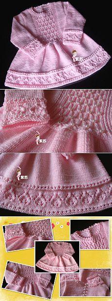 Платье для девочки спицами.