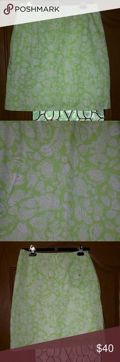 "Lilly Pulitzer green ocean print skirt Sz. 8 NWOT Lilly Pulitzer green ocean print skirt Sz. 8 NWOT . This skirt has fish,turtles, seashells,crabs on it. Super cute summer skirt. 100 cotton. Lining 65% polyester 35% cotton. Has a back pocket with button.  Length is 20"". Lilly Pulitzer Skirts"