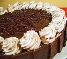Tort Senzational - Tort cu crema de lapte - Dulciuri fel de fel Dessert Cake Recipes, Desserts, Food Cakes, Something Sweet, Cheesecakes, Nutella, Ice Cream, Yummy Food, Homemade
