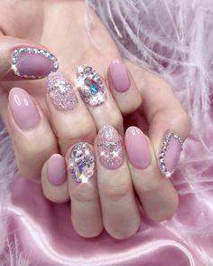 Pin by ⋆・゚ ? ゚・⋆ on Pretty Nails in 2019 Pink Nail Designs, Short Nail Designs, Beautiful Nail Designs, Soft Nails, Pink Nails, Sophisticated Nails, Les Nails, Korean Nail Art, Rose Nail Art