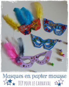 Un tuto (gabarit inclus) tout simple pour fabriquer un masque de carnaval en papier mousse. Un peu de matériel et les enfants vont adorer les décorer.