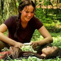 I just love this.  So much. Behind the scenes of Rue's death.