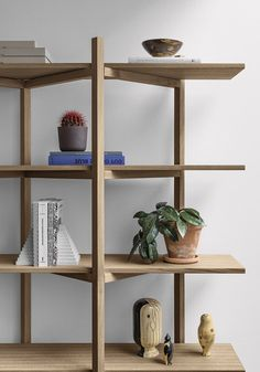 The Zig Zag Shelf by is the perfect stage for your favorite things — a collage of inspiration for your home or your office 📘🎍🏺 Bodo, Elie Sab, Zig Zag Shelf, Diy Furniture, Furniture Design, Diy Storage, Bookshelves, Library Shelves, Solid Oak