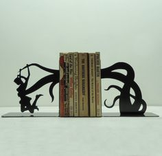 Funny sight-gag book-ends by Knob Creek Metal Arts