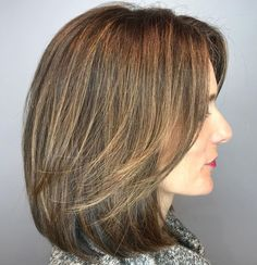 Top 33 Long Bob Hairstyles Looks For Women Thick Hair Styles Medium, Medium Hair Cuts, Short Hair Cuts, Short Hair Styles, Medium Bob With Side Bangs, Easy Hairstyles For Medium Hair, Haircut For Thick Hair, Long Bob Hairstyles, Vintage Hairstyles