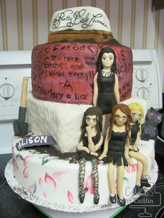 Pretty Little Liars Cake - Cakes by Caitlin