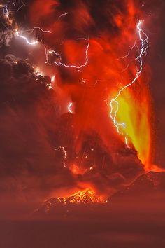 #VolcanoPower !   #ConnaisToiToiMeme   Étant #Sagittaire mon élément est le feu étant #Tigre mon autre élément est la terre il est donc normal que j'ai la puissance d'un volcan
