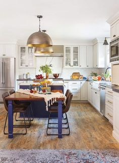 Reworking your kitchen's floor plan could be one of the best ways to get more function and space.   . #cottage #cottagesandbungalows #smallhome #cottagekitchen #cottagestyle #kitchendesign #homedesign #kitchenremodel