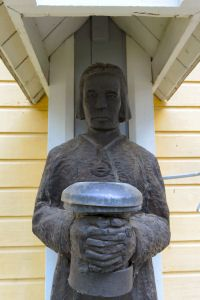 Grave Monuments, Wooden Sculptures, Graveyards, Finland, Countries, Carving, Statue, Wood Carvings, Sculpting