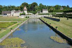 Domaine de Villarceaux (Val d'Oise) - Jardins - Bassin des huit jets