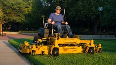 Landscaping Equipment, Lawn Equipment, Outdoor Power Equipment, Types Of Lawn, Zero Turn Lawn Mowers, Lawn Service, Lawn Care, Tractors, Ideas
