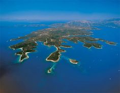 Meganissi, Lefkada, Greece Investing/Development For Sale - 3361 Land for Sale - IREL is the World Wide Leader in Greece Real Estate Beautiful World, Beautiful Places, Sailing Holidays, Life Goes On, Greece Travel, Greek Islands, Places To Visit, In This Moment, Water