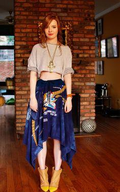 Kansai Yamamoto skirt, Zara sweatshirt, Martin Margiela boots. love it