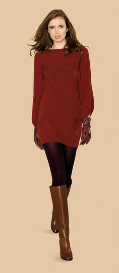 Vestido de manga larga y lana de color burgundy #trend #fall #winter #2013