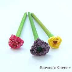 How to Make a Washi Flower Pencil Bouquet Washi Tape, Teacher Gifts, Crochet Necklace, Pencil, Paper Crafts, Diy, Bouquet, Simple, Flowers