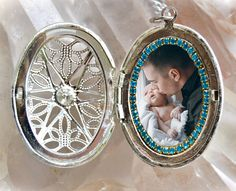 Locket  Your Own Photo  Custom Picture Necklace