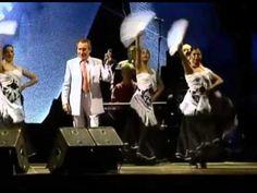 Manolo Escobar - En concierto - 2004 Manolo Escobar, Grandparent, Poppies, Concert