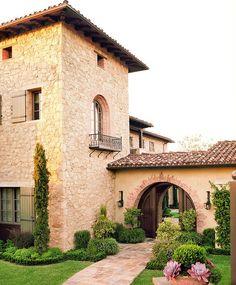 La maison de charme rustique vue d'extérieur