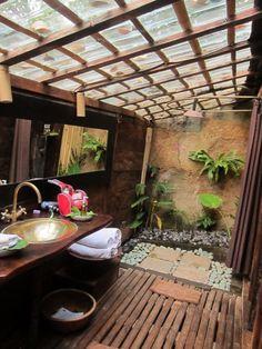 Outdoor Baths, Outdoor Bathrooms, Open Bathroom, Shower Bathroom, Bamboo House Design, Hut House, Natural Bathroom, Tropical Houses, Bathroom Interior Design