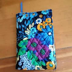 "Vera Bradley book cover Blue floral colorful print  5"" x 7.5 Vera Bradley Accessories"