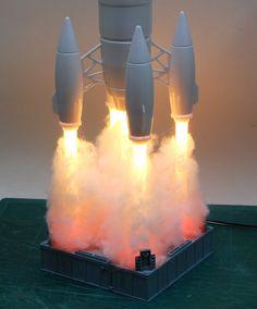 model of a rocket launch - amazing! Rocket Lamp, Sci Fi Models, 3d Prints, Light Art, Scale Models, Interior Design Living Room, Lighting Design, Cool Things To Buy, Diy Home Decor