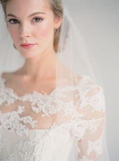 Amy Clarke Make Up | Wedding Sparrow #fineartcuration