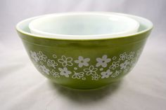 VINTAGE PYREX BOWLS crazy daisy pattern  by LuckySevenVintage, $15.00