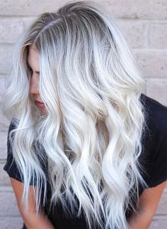 Golden Blonde Balayage for Straight Hair - Honey Blonde Hair Inspiration - The Trending Hairstyle Champagne Blonde Hair, Silver Blonde Hair, Blonde Hair Looks, Icy Blonde, Blonde Hair With Highlights, Platinum Blonde Hair, Ombre Highlights, Beach Blonde, Blonde Balayage
