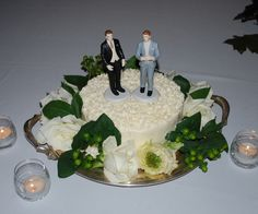 Two grooms' cutting cake Catering Menu, Blue Mountain, Equality, Wedding Cakes, Marriage, Grooms, Celebrities, Desserts, Community