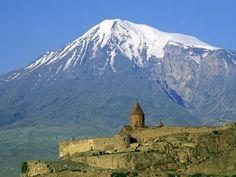 El mont Ararat, a Armènia. Fra Jordà reporta la tradició que l'identifica amb la muntanya sobre la qual va restar l'arca de Noè després del diluvi.