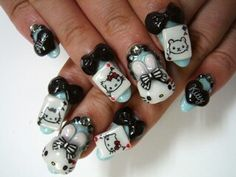 Creative way to do a hello kitty theme w/out any pink!
