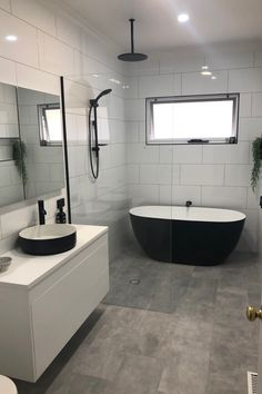 Wet Room Bathroom, Bathroom Layout, Modern Bathroom Design, Bathroom Interior Design, Small Bathroom, Family Bathroom, Bathroom Wallpaper, Bathroom Furniture, Black White Bathrooms