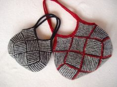 Garter stripe square bag.  (I may not do it this way but it gives me ideas to get the same effect)