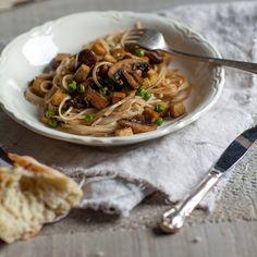 Nouilles soba asiatiques au tofu & champignons - Recette | Trois fois par jour