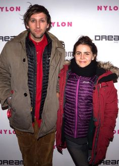 Parenthood may be coming to an end (this week! Gah!), but Mae Whitman has plenty to be happy about. For starters, her movie The Duff comes out next month. And then there's this handsome fella, her boyfriend Andrew Dost, who gladly posed on her arm at Dream Hotels and Nylon's Après Ski party. (1/24/15)