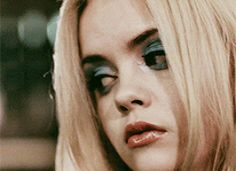 Christina Ricci in Buffalo 66 Day Eye Makeup, Blue Eye Makeup, Movie Makeup, Christina Ricci, Buffalo 66, Kissable Lips, Blue Eyeshadow, Spice Girls, Supermodels
