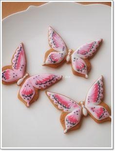 So pretty, butterflies! cookies アイシングクッキー&シュガー教室 acorne(アコルネ)の画像
