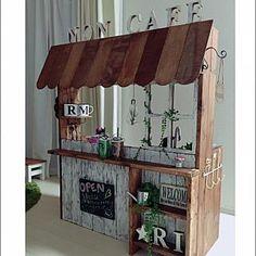 Autumn's flower shop Food Cart Design, Cafe Design, Store Design, Ikea Play Kitchen, Play Kitchens, Licht Box, Kids Cafe, Diy Inspiration, Booth Design