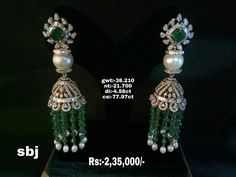 Stunning jumkhis studded with uncut diamonds emeralds and white pearl. Jumkhis with green and white color bead hangings. Diamond Jhumkas, Gold Jhumka Earrings, Diamond Jewelry, Gold Jewelry, Beaded Jewelry, Diamond Earrings, Jewelery, Wedding Jewellery Designs, Wedding Jewelry