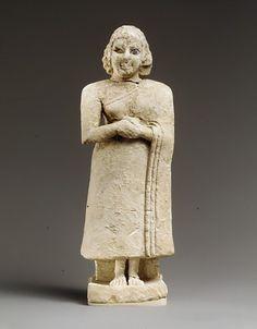 Female Worshipper  Sumerian, 2600-2500 BC  The Metropolitan Museum of Art
