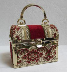 1970's Borsa Bella Elegant Trunk Style Handbag Made In Italy by MTvintageclothing on Etsy