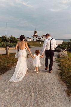 Couple elope at Beavertail Lighthouse in Rhode Island and involve their daughter in the day. #rhodeislandwedding #seasidewedding #coastalwedding Elopement Inspiration, Elopement Ideas, Destination Wedding Locations, Seaside Wedding, Beach Walk, Beautiful Sunset, Rhode Island, Vows, State Parks