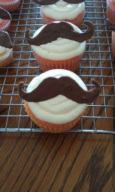 Mustache cupcakes, fathers day cupcakes