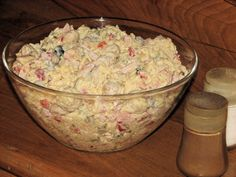 Sałatka hit przyjęcia - Przepisy kulinarne - Sałatki Polish Recipes, Guacamole, Potato Salad, Mashed Potatoes, Salads, Food And Drink, Vegan, Chicken, Cooking