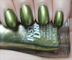 Sally Hansen Insta-Dri No S-pear Time (Click through to see the in-depth review & more swatches!)