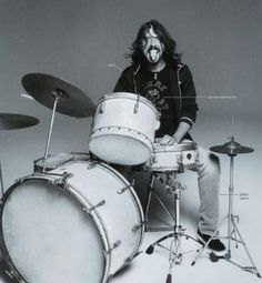 Dave Grohl, what can't this man do??