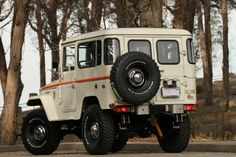 TOYOTA-LAND-CRUISER-FJ40-4X4-RESTORED-RARE-VINTAGE-TRUCK-4WD-P | Land Cruiser Of The Day!