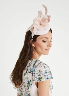 Pink - Phase Eight - Marta Flower Top Pillbox Fascinator Grey Fascinator, Pillbox Fascinators, Wedding Fascinators, Ascot Outfits, Ascot Dresses, Flower Hair Clips, Flowers In Hair, Phase 8 Dresses, Wedding Hats For Guests